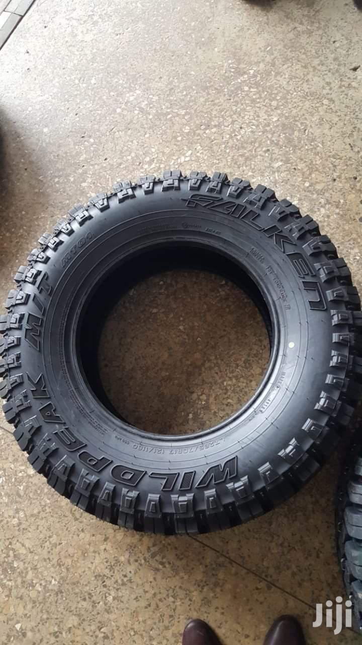 215/70 R15 Falken Tyre