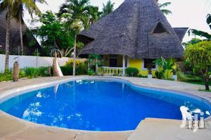 Diani Beach Holiday Villas On OFFER! December Fest & New Year Eve.   Short Let for sale in Kwale, Ukunda