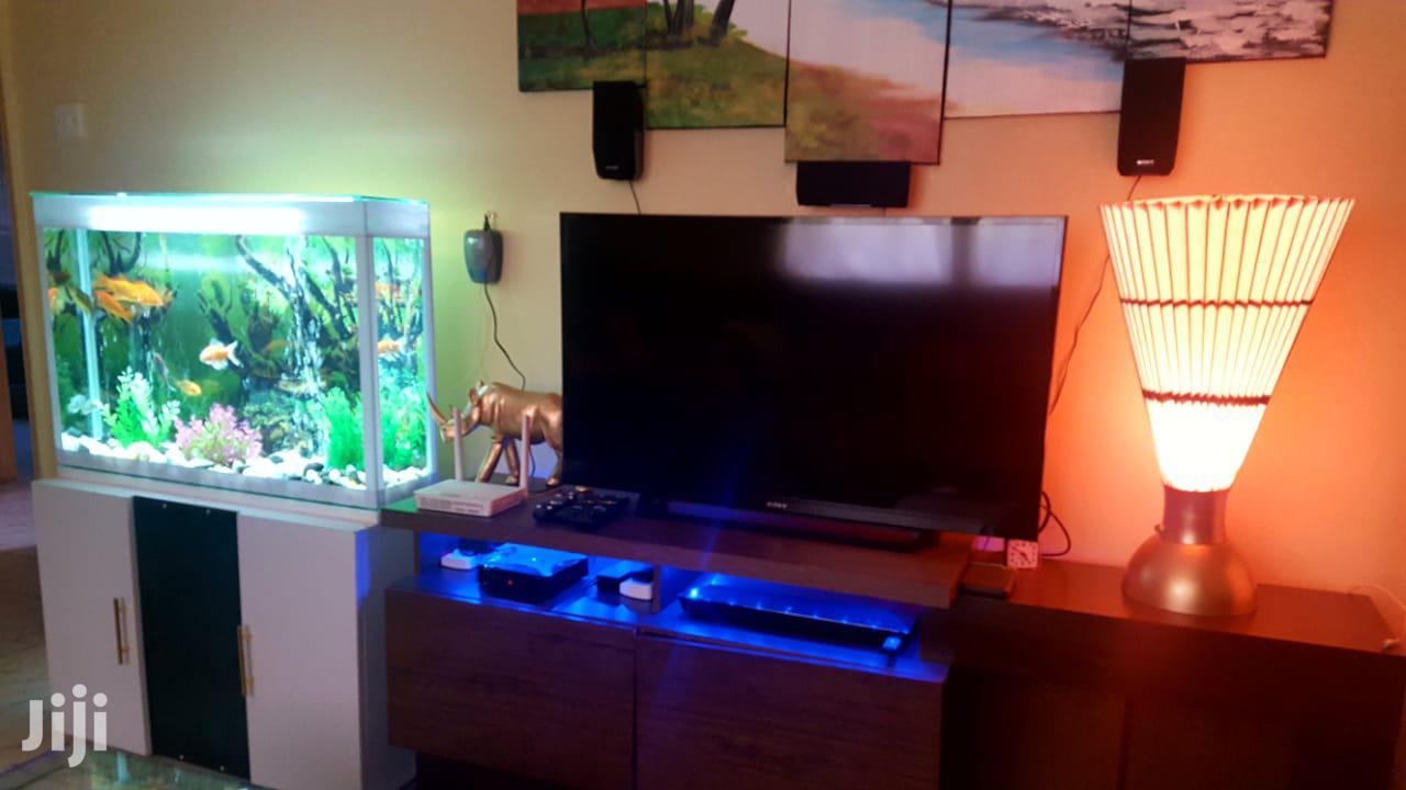 Clear Stiff Glass FISH AQUARIUM (FISH Tank / Pond) Tv-stand