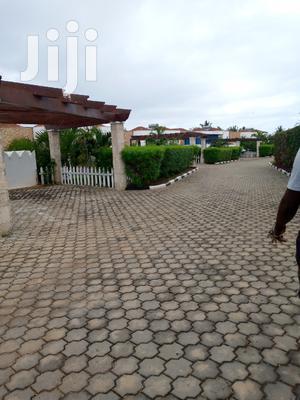 Beach Fron 4 Bdrm Villa On Sale At Sultan Kikambala | Houses & Apartments For Sale for sale in Kilifi, Mtwapa