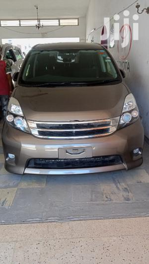 Toyota ISIS 2013 Gray | Cars for sale in Mvita, Majengo