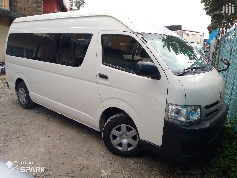 Selling Toyota Hiace Automatic Diesel 9L | Buses & Microbuses for sale in Nairobi Central, Nairobi, Kenya