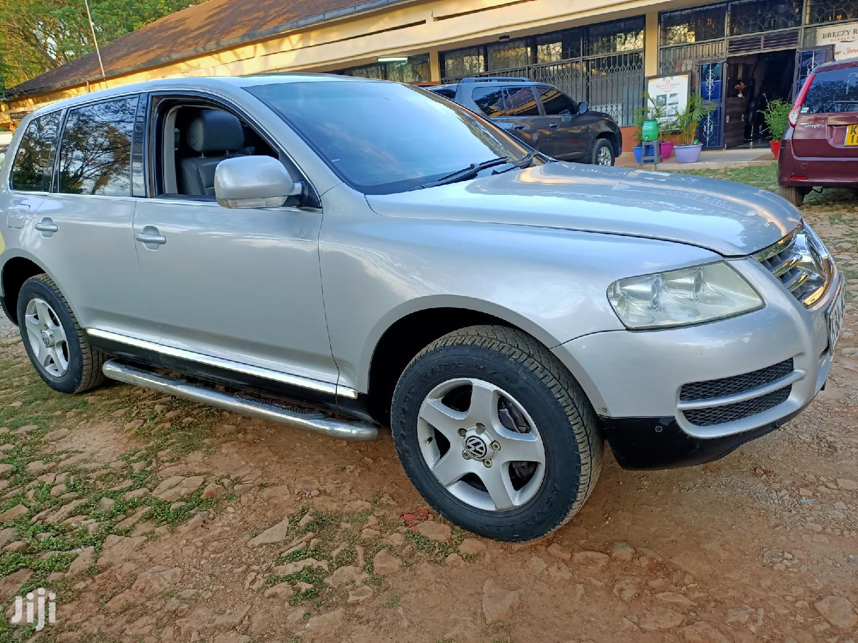 Archive: Volkswagen Touareg 2005 3.2 V6 Automatic Silver