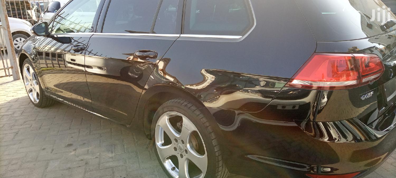 Archive: Volkswagen Golf 2013 Black