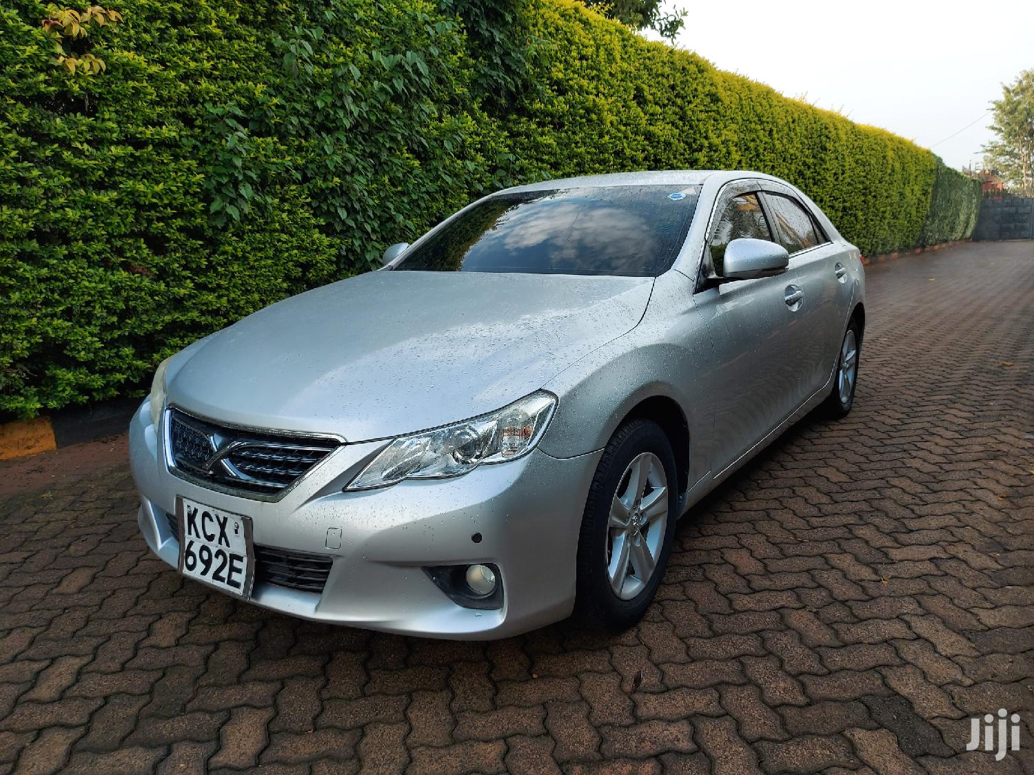 Archive: Toyota Mark X 2012 Silver