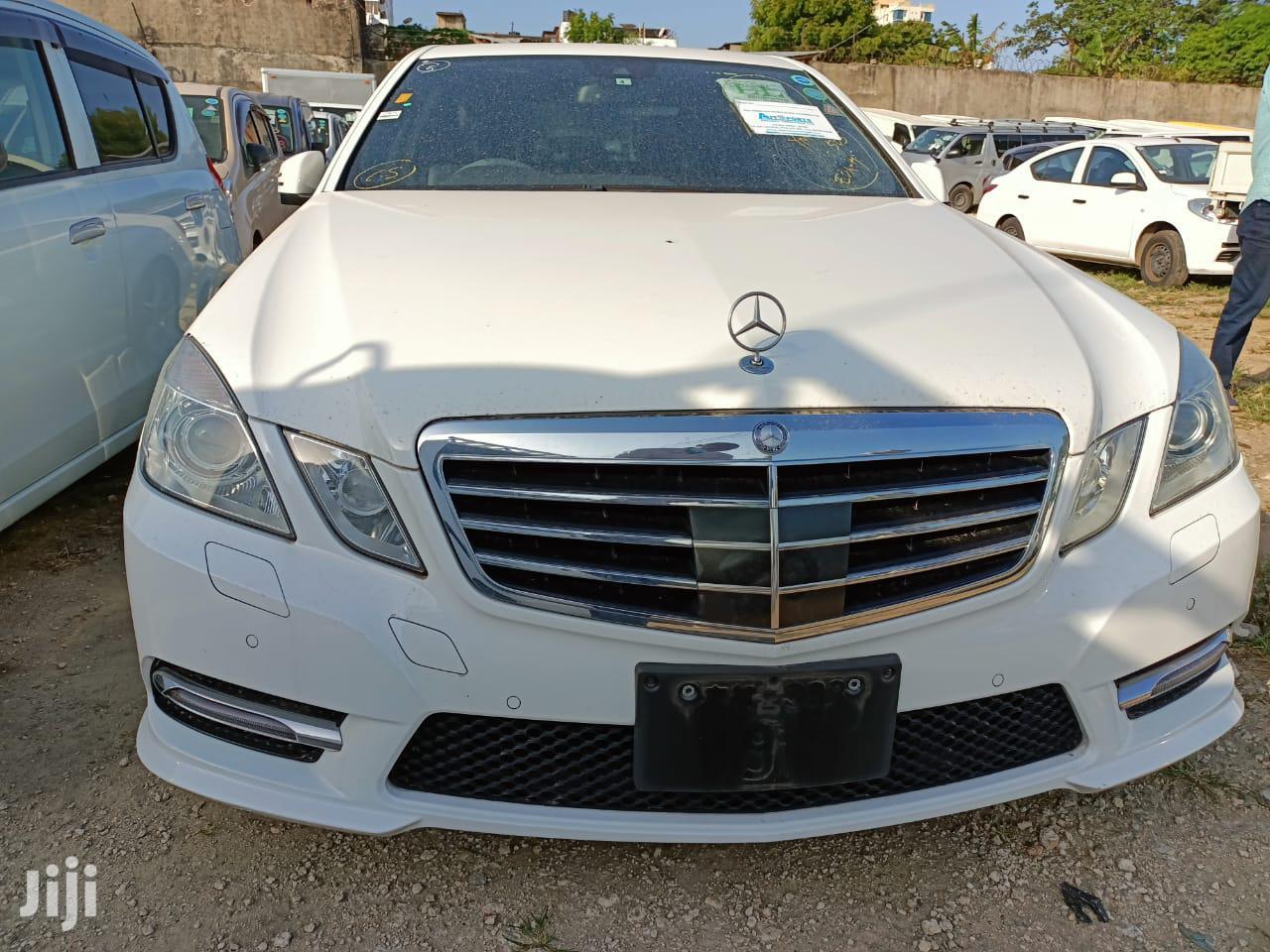 Mercedes-Benz E250 2014 White