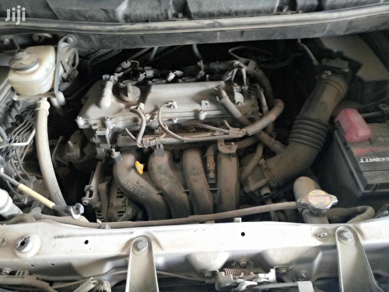 Archive: Toyota Noah 2008 Silver