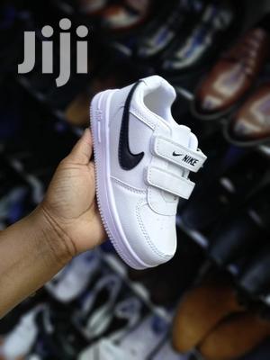 White Nike Sneakers( Unisex) | Children's Shoes for sale in Nairobi, Nairobi Central