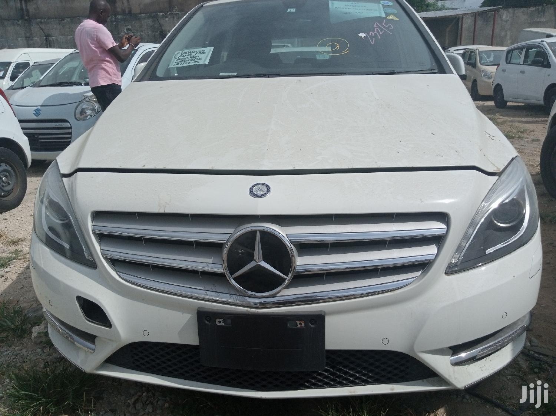 Mercedes-Benz B-Class 2013 White