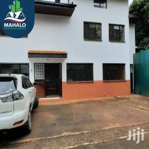 Four Bedroom Townhouse for Sale in Parklands Area   Houses & Apartments For Sale for sale in Nairobi, Parklands/Highridge