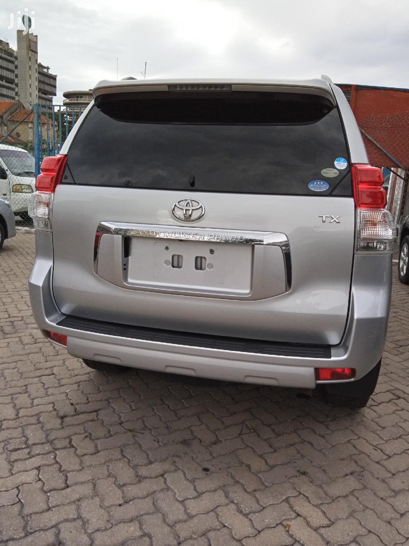 Archive: Toyota Land Cruiser Prado 2012 Silver
