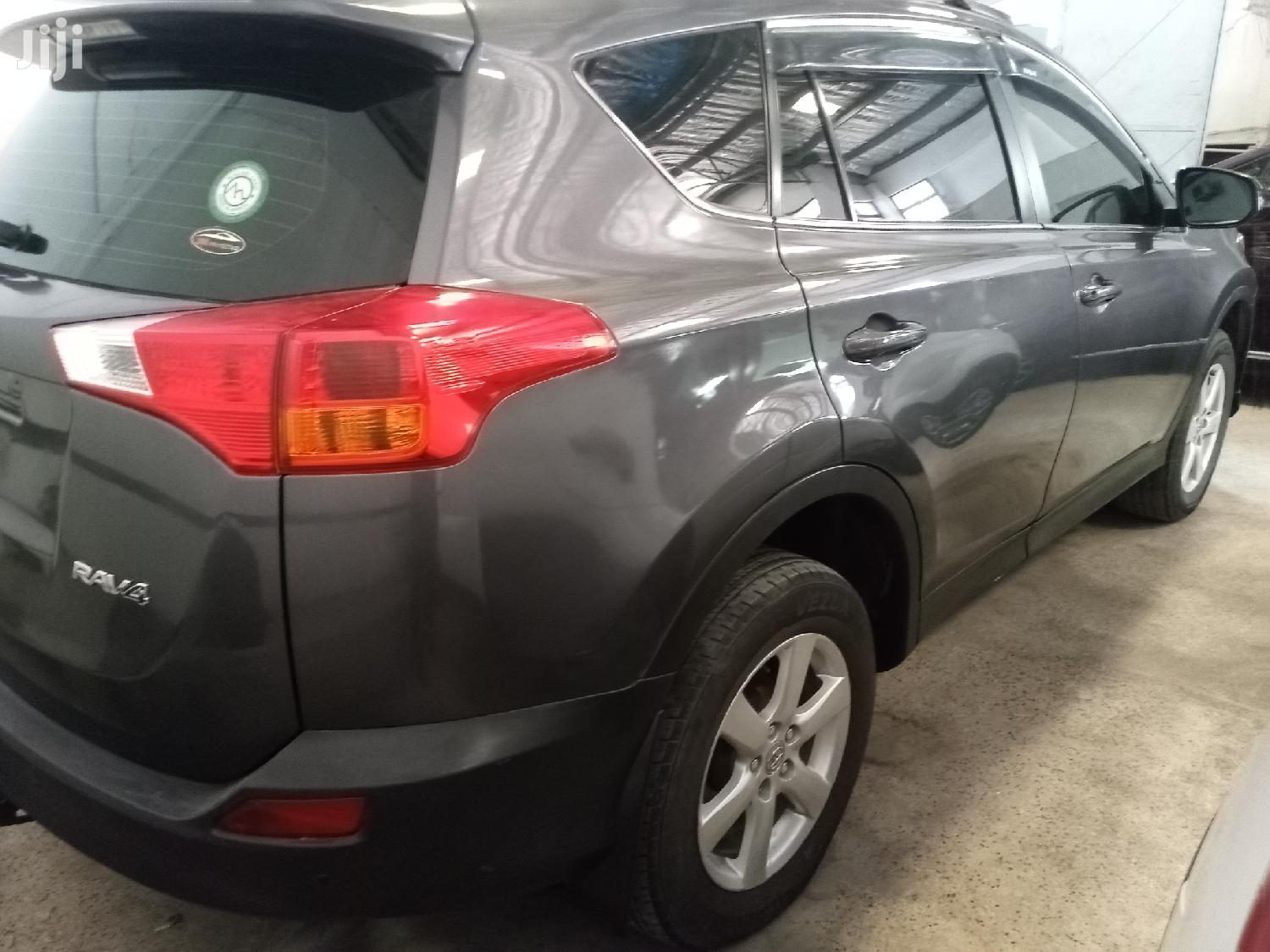 Archive: Toyota RAV4 2014 Gray