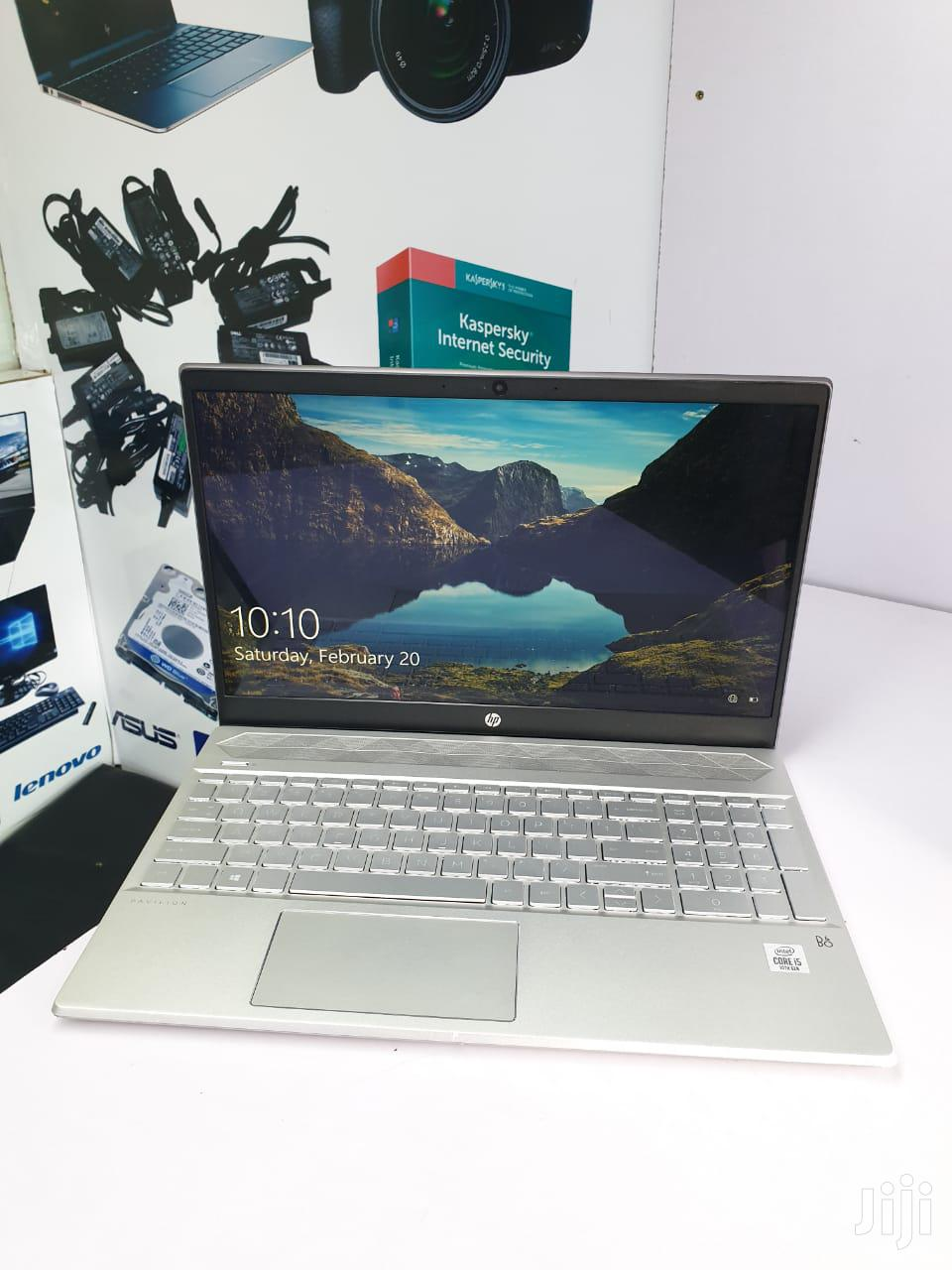 Laptop HP Pavilion 15t 8GB Intel Core I5 SSHD (Hybrid) 256GB