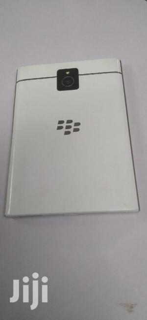 BlackBerry Passport 32 GB White | Mobile Phones for sale in Nairobi, Nairobi Central