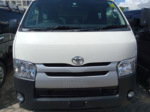 Hiace Pearl White With Diesel Engine | Buses & Microbuses for sale in Mombasa, Ganjoni