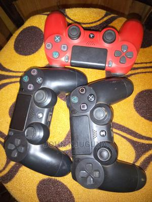 PS4 Pads Black and Red   Video Games for sale in Nairobi, Kangemi