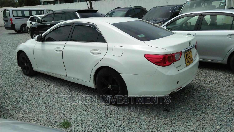 Archive: Toyota Mark X 2010 White
