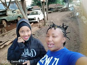 Shampoo Girl | Health & Beauty CVs for sale in Meru, Municipality