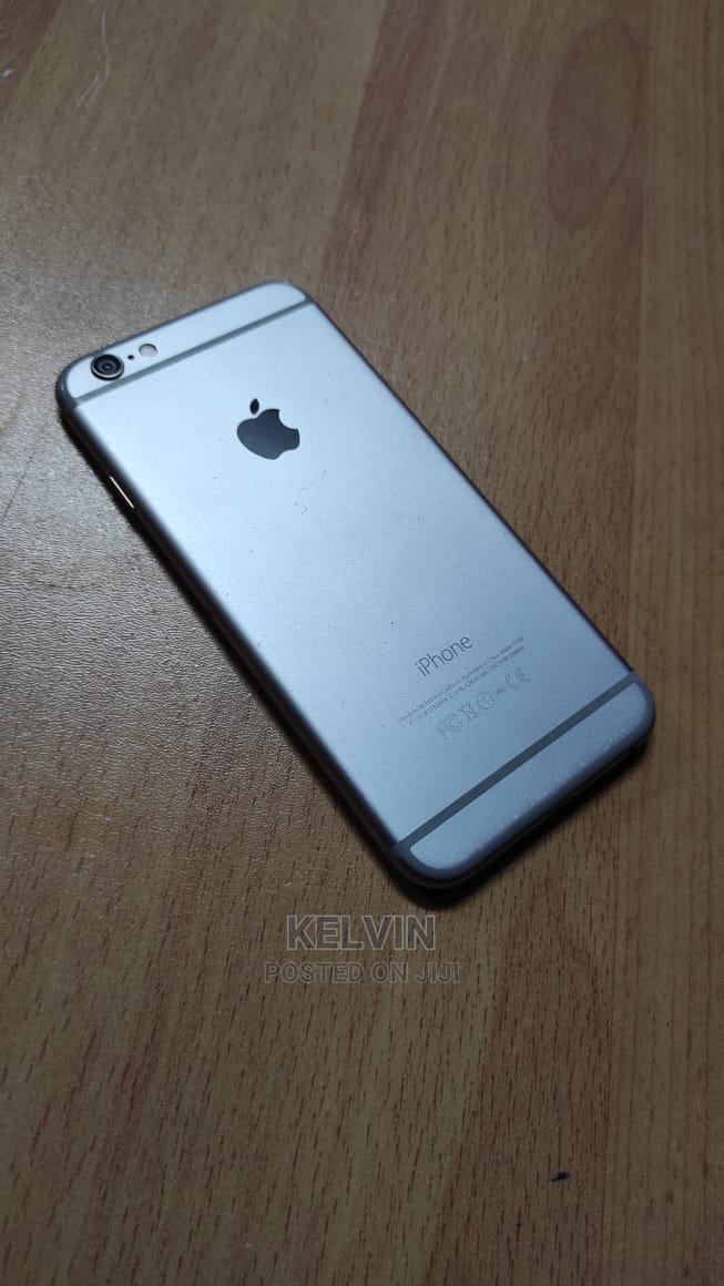 Archive: Apple iPhone 6 64 GB Gray