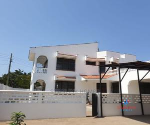 Massive 4 Bedrooms Villa With a Dsq | Houses & Apartments For Rent for sale in Nyali, Ziwa la Ngombe