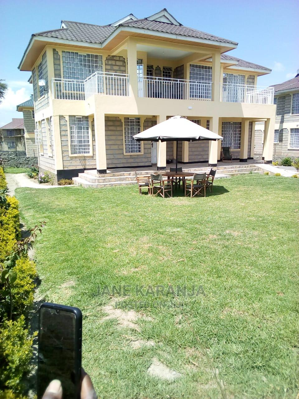 Archive: Furnished 4bdrm Farm House in Moi South Lake, HellsGate for Rent