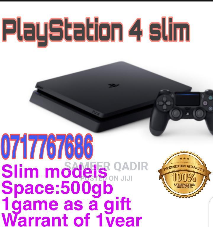 Playstation 4 Slim Model