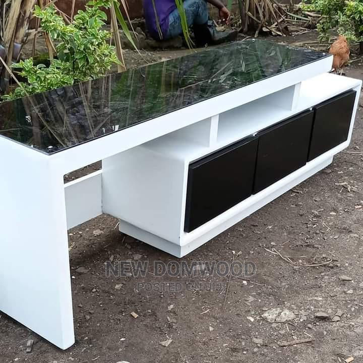 Simple TV Stand