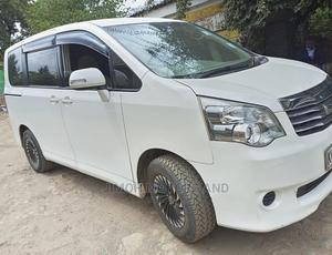 Toyota Noah 2012 White | Cars for sale in Nairobi, Parklands/Highridge