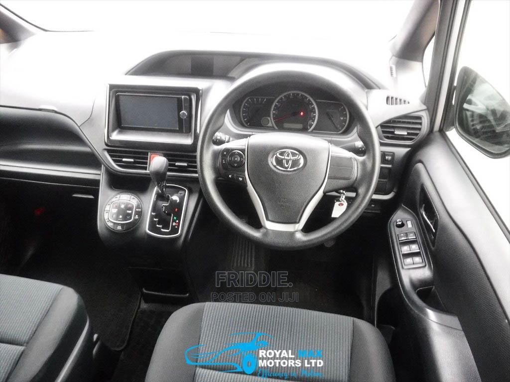 Toyota Noah 2014 Silver | Cars for sale in Ridgeways, Nairobi, Kenya