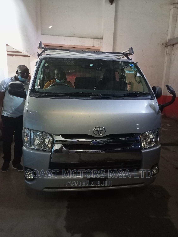 Toyota Hiace Matatu Diesel Automatic Transmission | Buses & Microbuses for sale in Mvita, Mombasa, Kenya