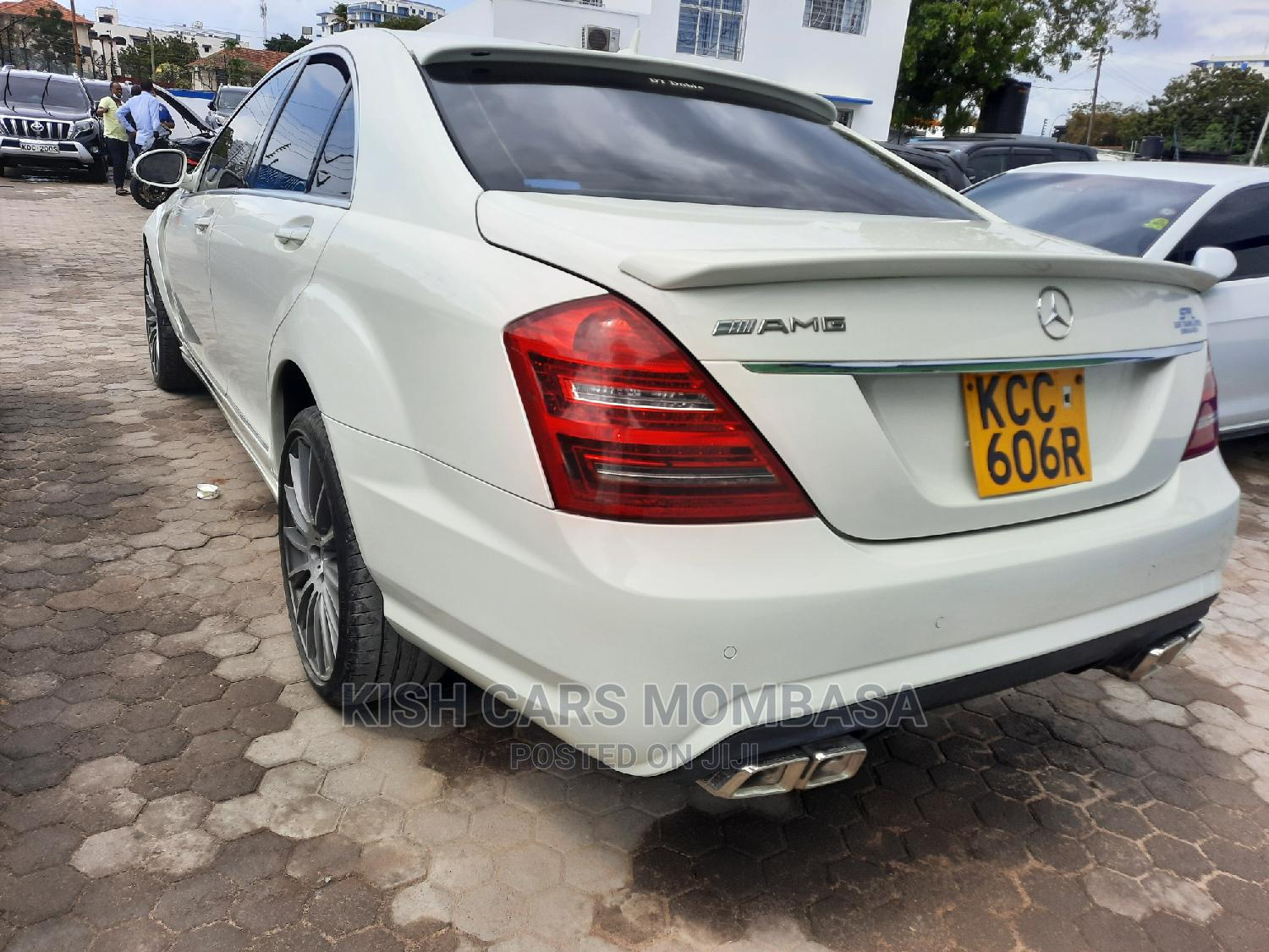 Archive: Mercedes-Benz S Class 2008 White