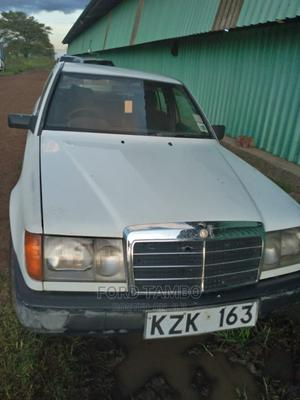 Mercedes-Benz 200 1988 White | Cars for sale in Nairobi, Airbase