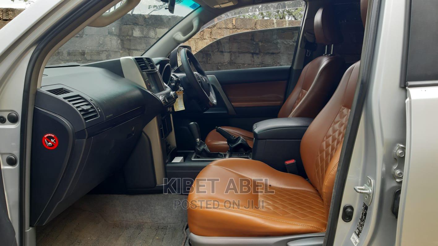 Archive: Toyota Land Cruiser Prado 2011 Silver