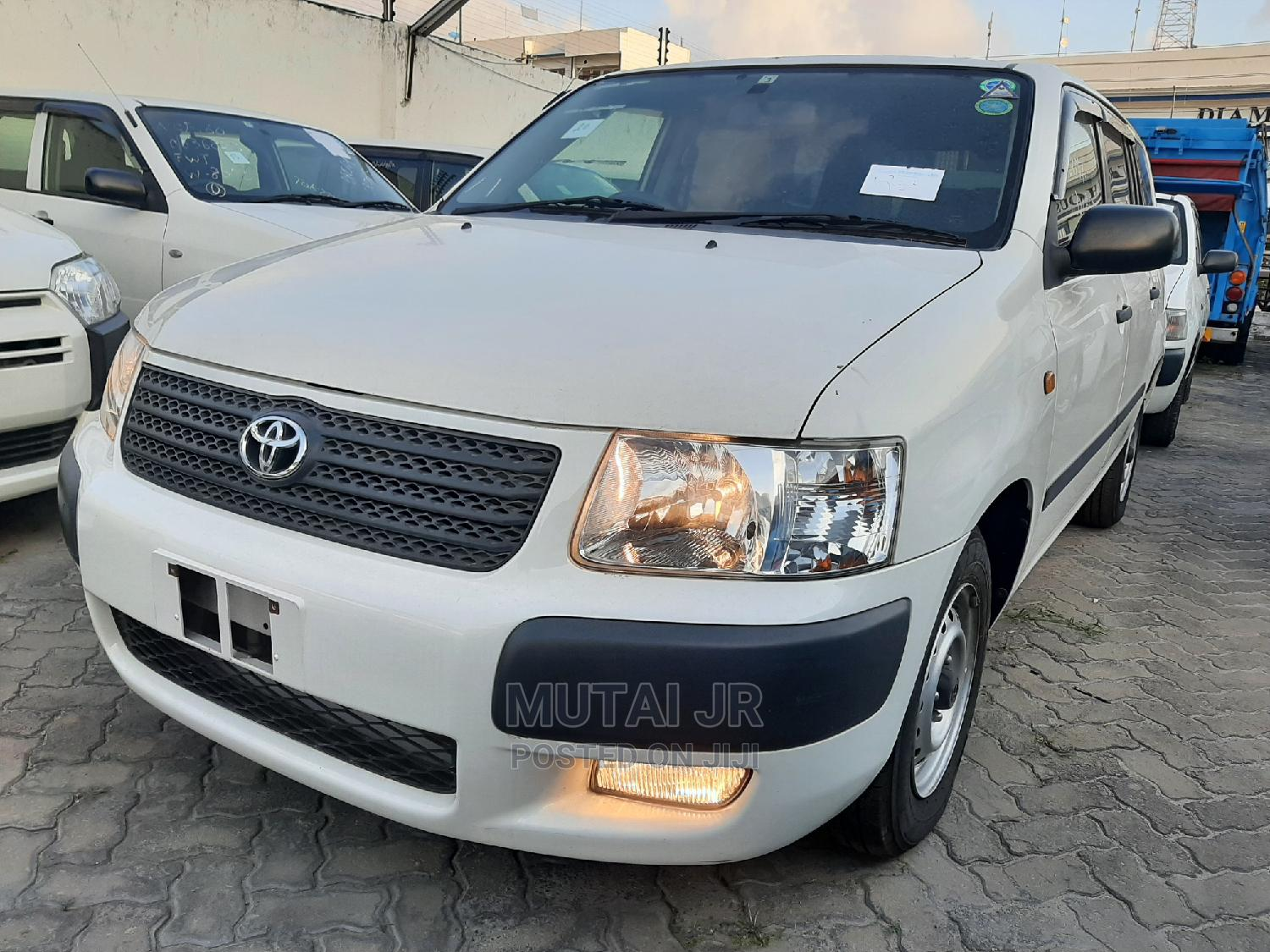 Toyota Succeed 2014 White