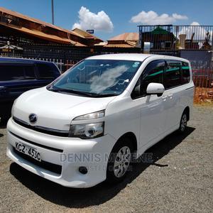Toyota Voxy 2013 White | Cars for sale in Nairobi, Nairobi Central