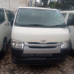 Toyota Hiace Diesel Automatic Diesel Cc 3000 | Buses & Microbuses for sale in Nairobi, Kilimani