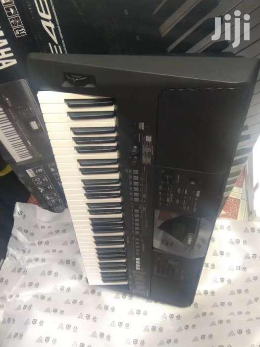 Keyboard Yamaha 463