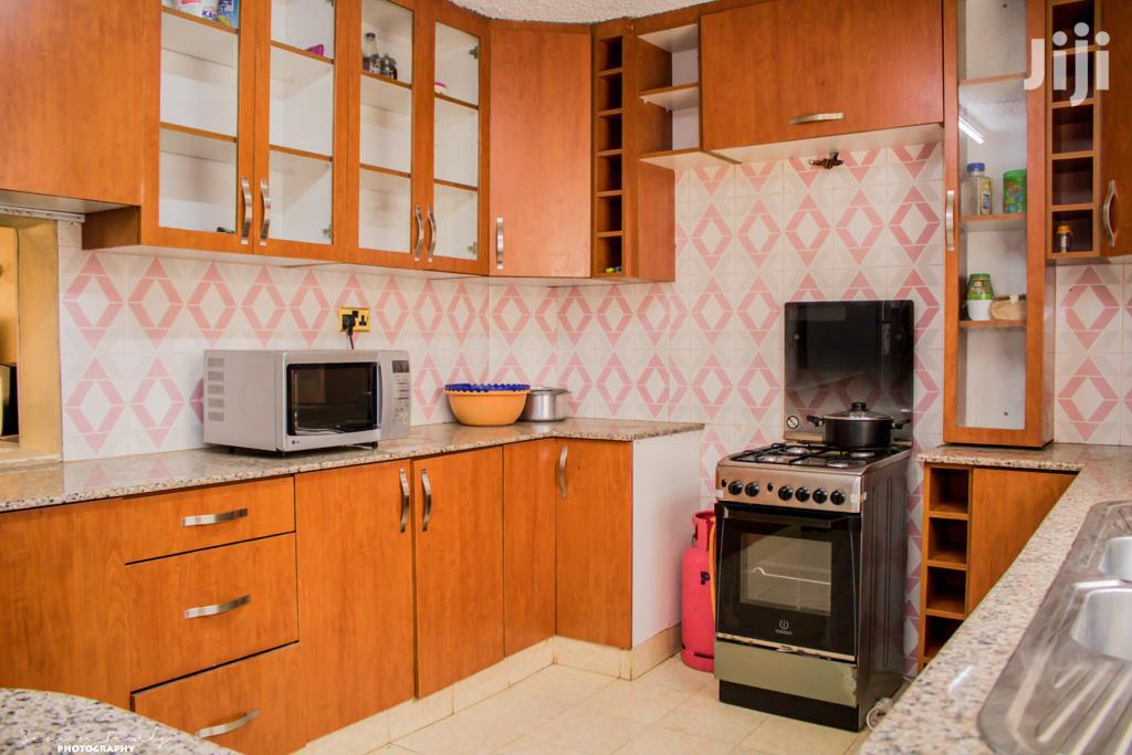 Archive: 5 Bedroom Maisonette For Sale