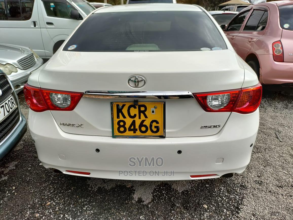 Toyota Mark X 2012 White   Cars for sale in Kiambu / Kiambu , Kiambu, Kenya