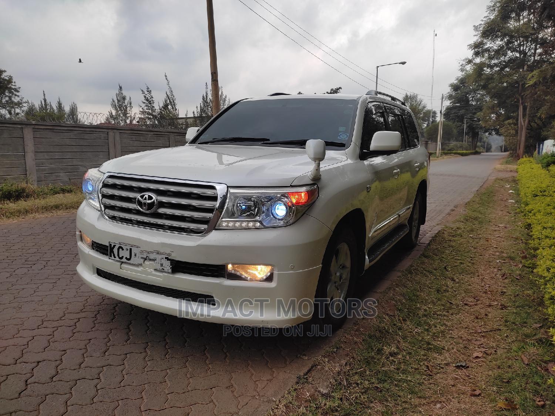 Toyota Land Cruiser Prado 2014 White