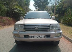 Toyota Land Cruiser 2004 White | Cars for sale in Nairobi, Nairobi Central