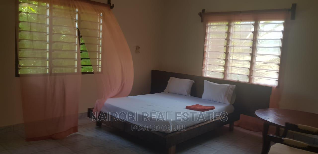Furnished 4 Bedrooms Villa, With Swimming Pool for 10 Pax | Short Let for sale in Ukunda, Kwale, Kenya