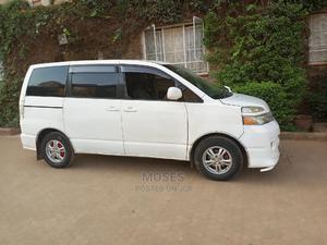 Toyota Voxy 2006 White | Cars for sale in Nairobi, Kasarani