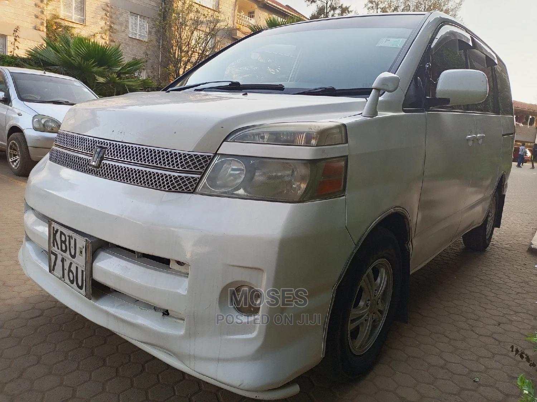 Toyota Voxy 2006 White | Cars for sale in Kasarani, Nairobi, Kenya