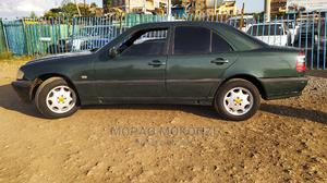 Mercedes-Benz C200 2000 Green | Cars for sale in Nairobi, Umoja