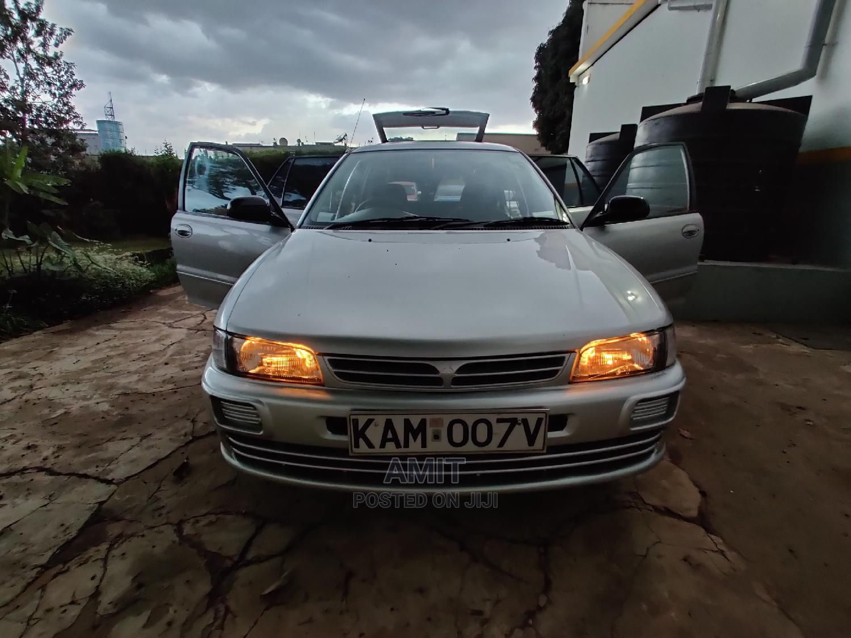 Mitsubishi Lancer / Cedia 2000 Silver