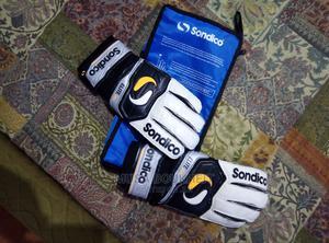 Goalkeeper Gloves | Sports Equipment for sale in Kilifi, Mtwapa
