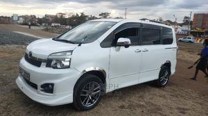 Toyota Voxy 2012 White | Cars for sale in Kiambu, Ruiru