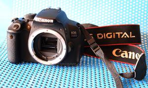 Canon 700D+ Charger+Battery | Photo & Video Cameras for sale in Nairobi, Chokaa