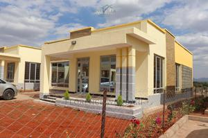 3bdrm Bungalow in Malaa for Sale   Houses & Apartments For Sale for sale in Kamulu, Malaa